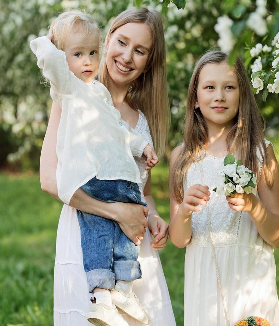 famille femme enfants