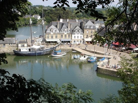 88718118autres-lacs-et-rivieres-auray-france-1024971808-1269058-jpg[1]